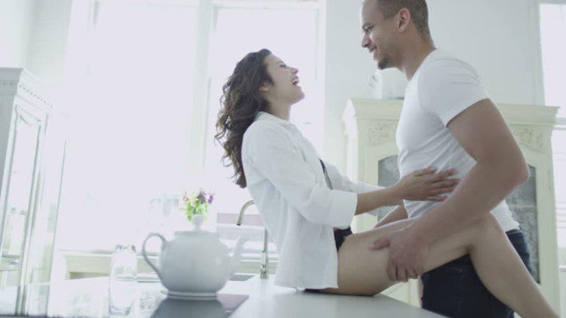 posiciones-sexuales-para-practicar-en-toda-la-casa